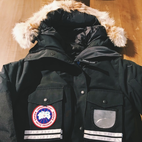 brands comparable to canada goose